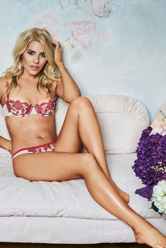 MOLLIE KING for Valentine's Day Shoot  for Boux, February 2018