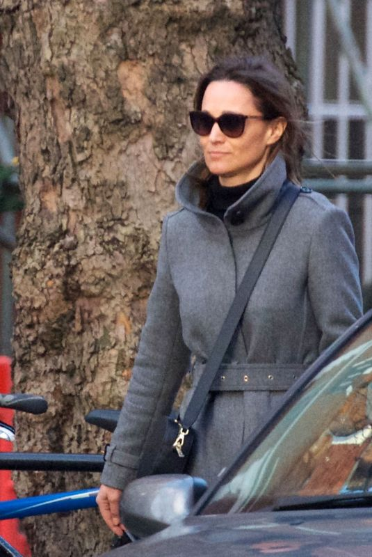 PIPPA MIDDLETON Out Shopping in London 02/15/2018