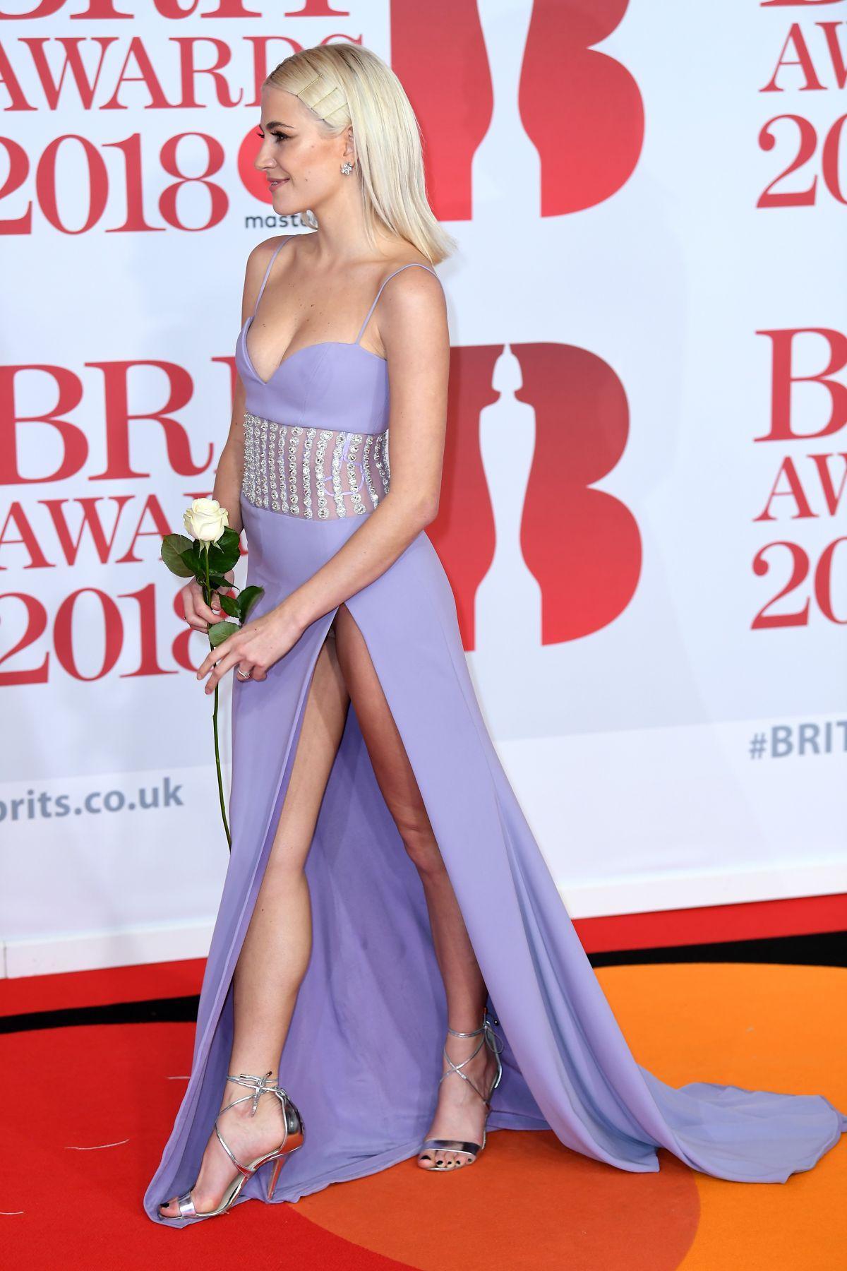 Britney spears ass show - 1 part 3