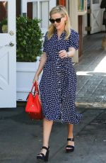 REESE WITHERSPOON Out in Los Angeles 02/09/2018
