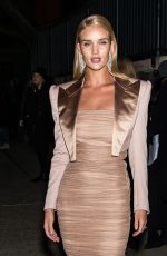 ROSIE HUNTINGTON-WHITELEY Arrives at Tom Ford Fashion Show at New York Fashion Week 02/08/2018