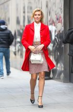 SAMANTHA HOOPES Leaves Good Day New York 02/14/2018