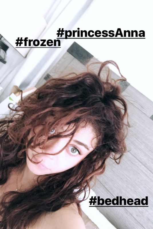 SARAH HYLAND in a Bed, 02/19/2018 Instagram Stories
