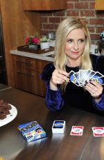 SARAH MICHELLE GELLAR Playing New Card Dame DOS in Los Angeles 02/12/2018