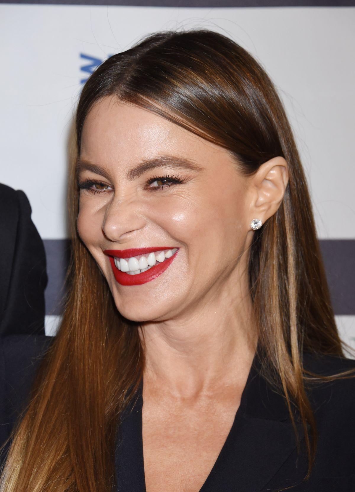SOFIA VERGARA At Los Angeles Italia Film Fashion And Art