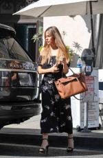 SOFIA VERGARA Out for Lunch at Villa Blanca in Beverly Hills 02/05/2018