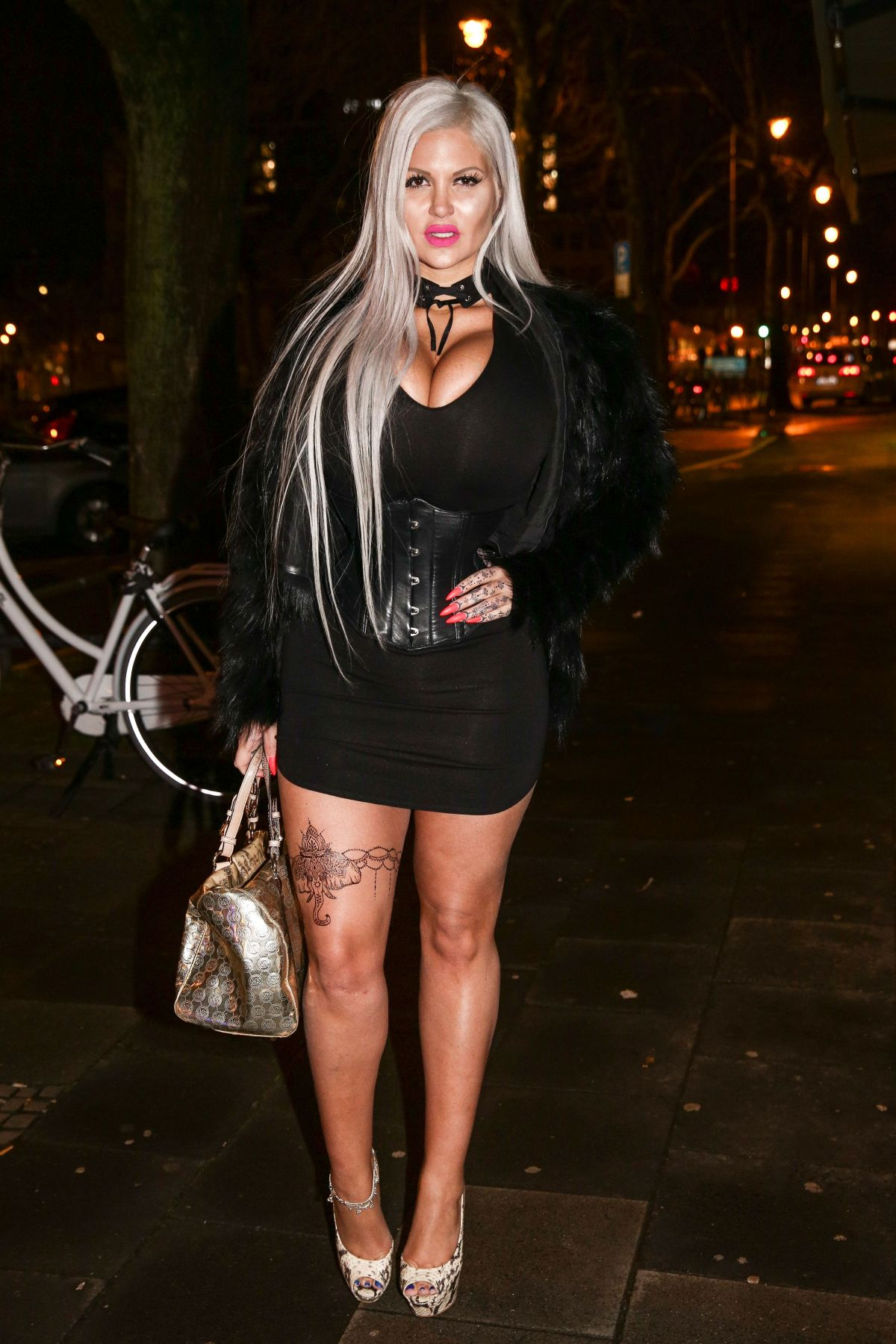 Sophia Vegas Wollersheim Out For Dinner In Cologne 01 31
