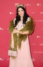 VIKTORIA NOVAK at Inaugural Museum of Applied Arts and Sciences Centre for Fashion Ball in Sydney 02/01/2018
