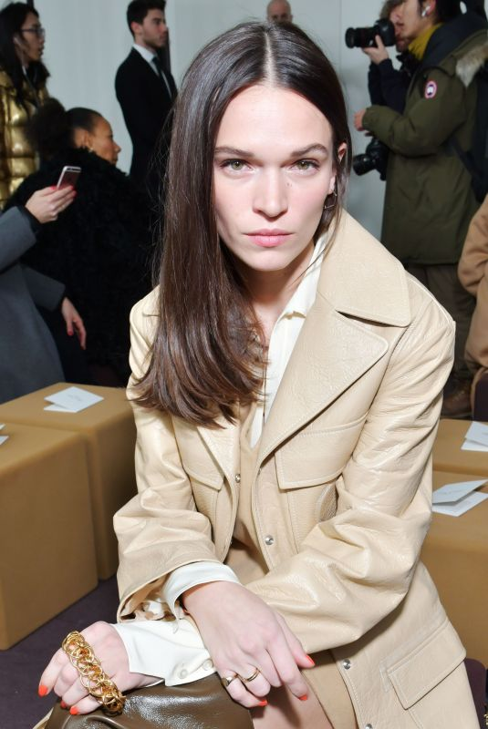 ANNA BREWSTER at Chloe Show at Paris Fashion Week 03/01/2018