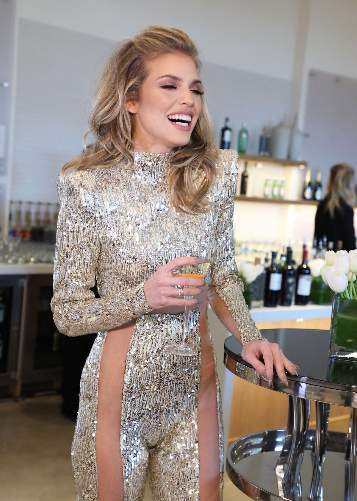 Forum on this topic: Michelle Molineux, annalynne-mccord/