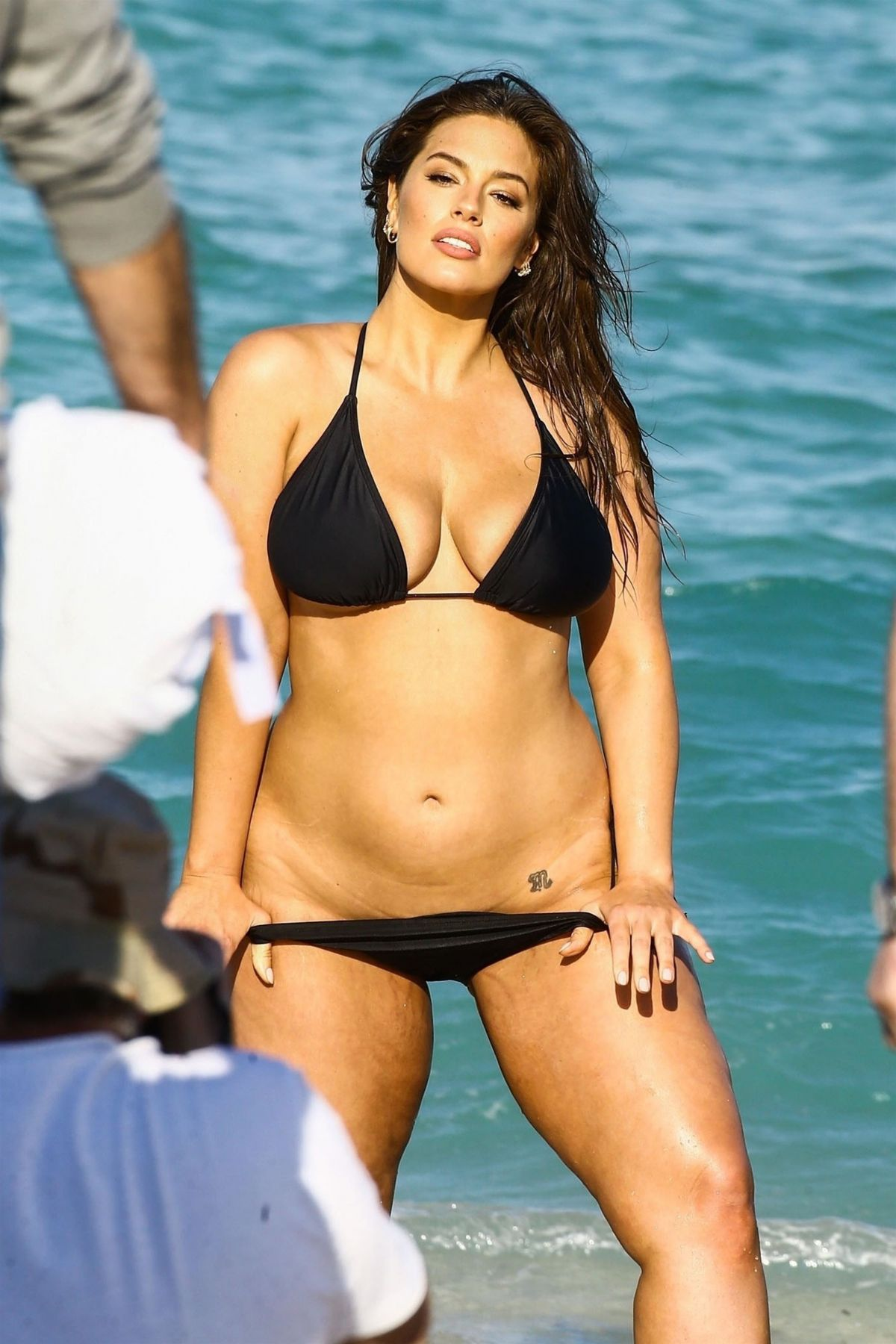 Ashley Graham Bikini Nude Photos 58