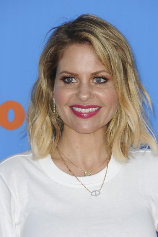 CANDACE CAMERON BURE at 2018 Kids' Choice Awards in Inglewood 03/24/2018