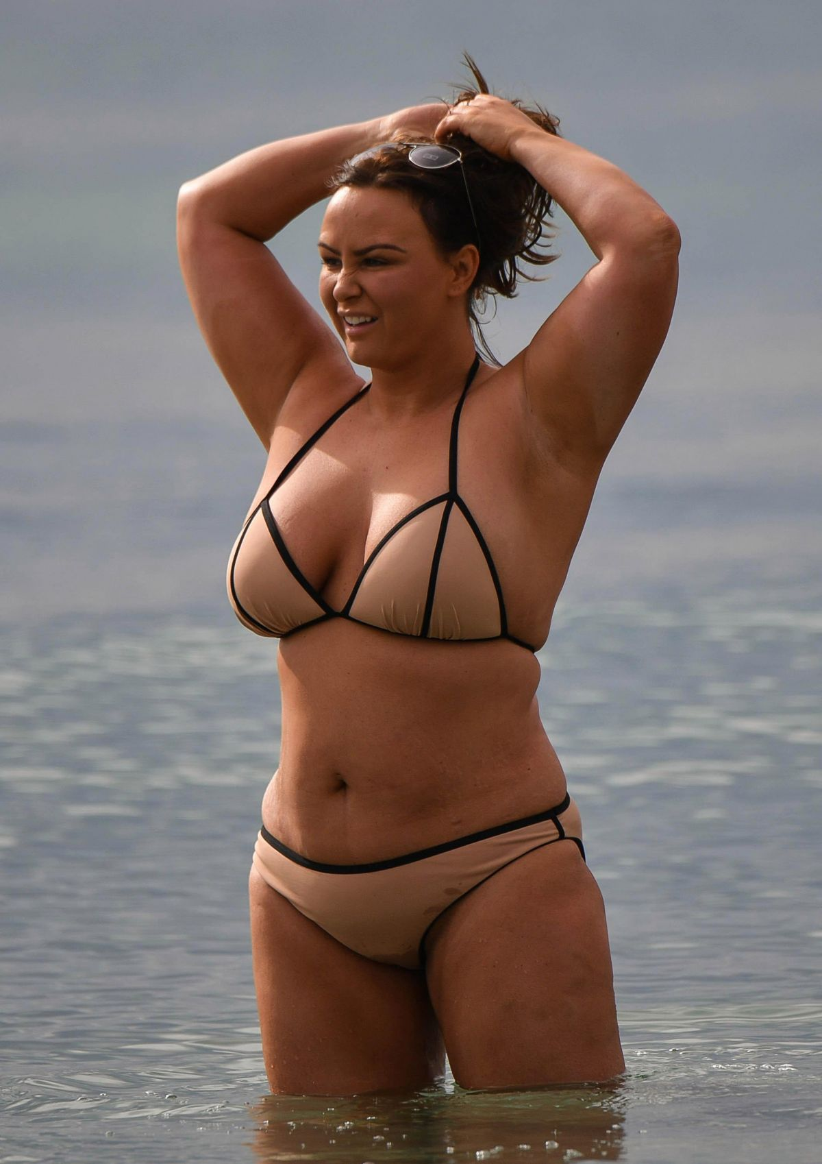 Chanelle Hayes photos