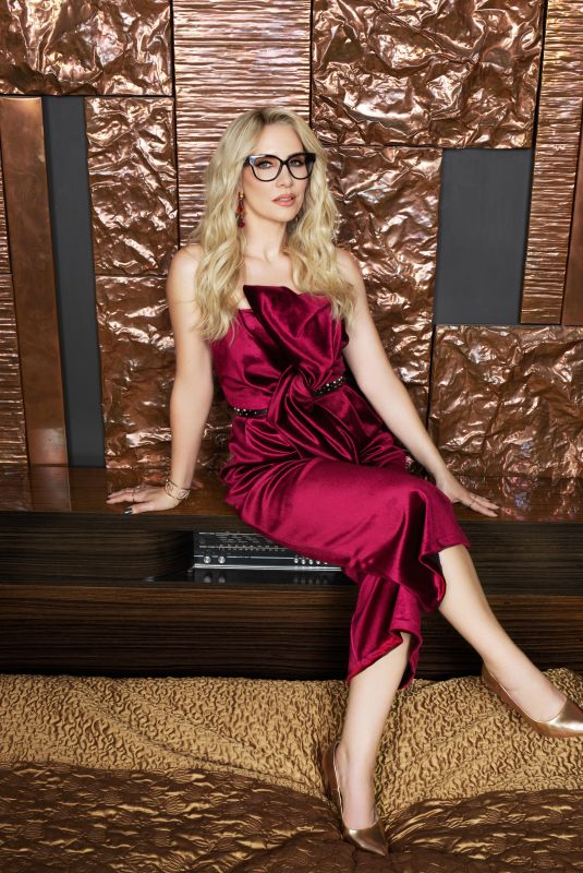 CLAIRE RICHARDS for Spectacle Wearer of the Year, March 2018