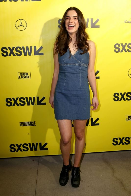 DYLAN GELULA at Support the Girls Premiere at SXSW Festival ai Austin 03/09/2018