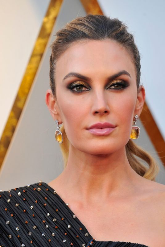 ELIZABETH CHAMBERS at 90th Annual Academy Awards in Hollywood 03/04/2018