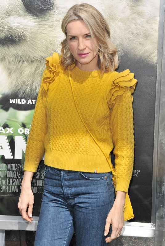 EVER CARRADINE at Pandas: The IMAX Experience Premiere in Hollywood 03/17/2018