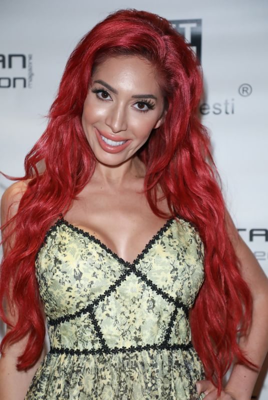 FARRAH ABRAHAM at Metropolitan Fashion Week Men