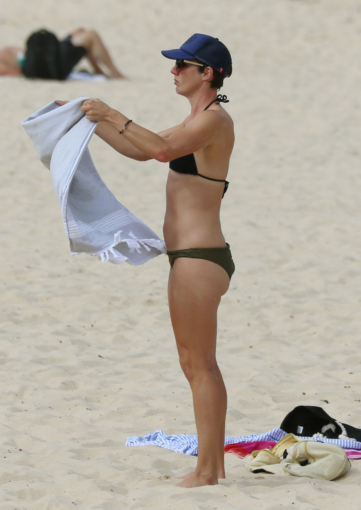 Fiona Falkiner in Bikini at Coogee Beach in Sydney Pic 31 of 35
