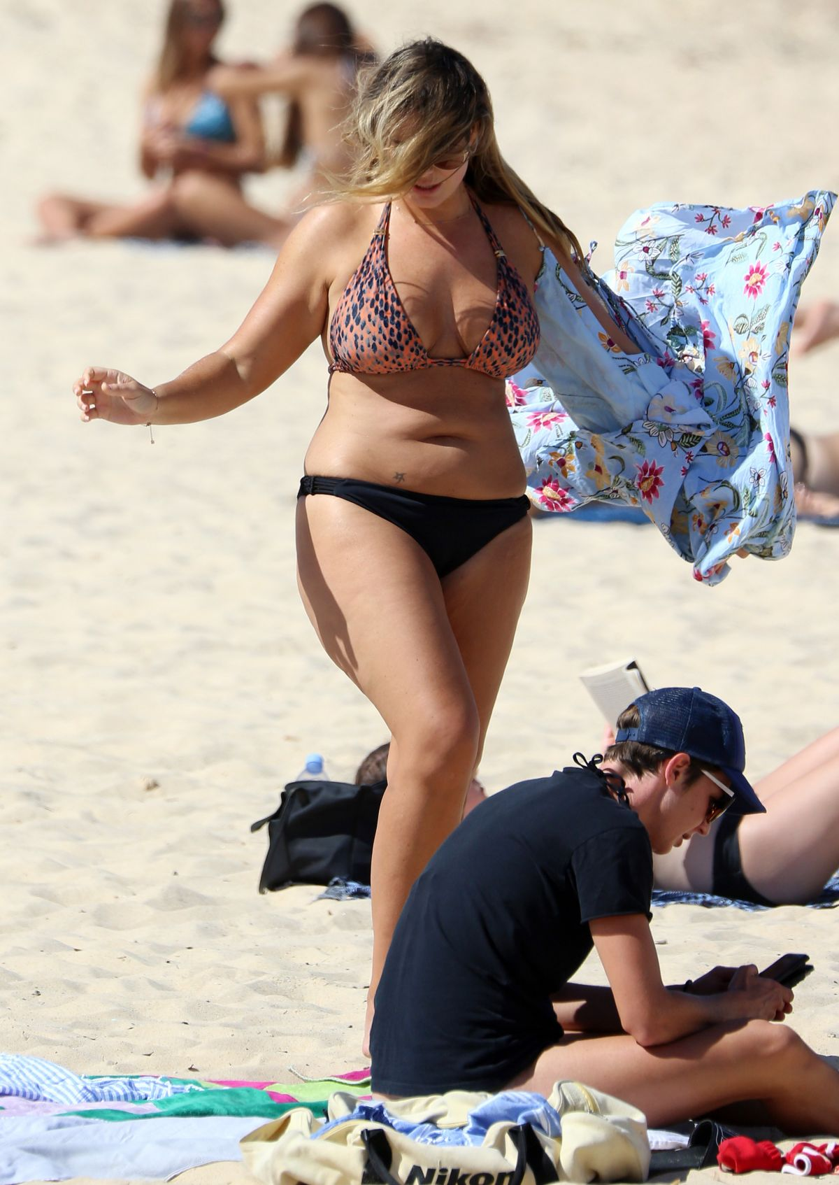 Fiona Falkiner in Bikini at Coogee Beach in Sydney Pic 11 of 35