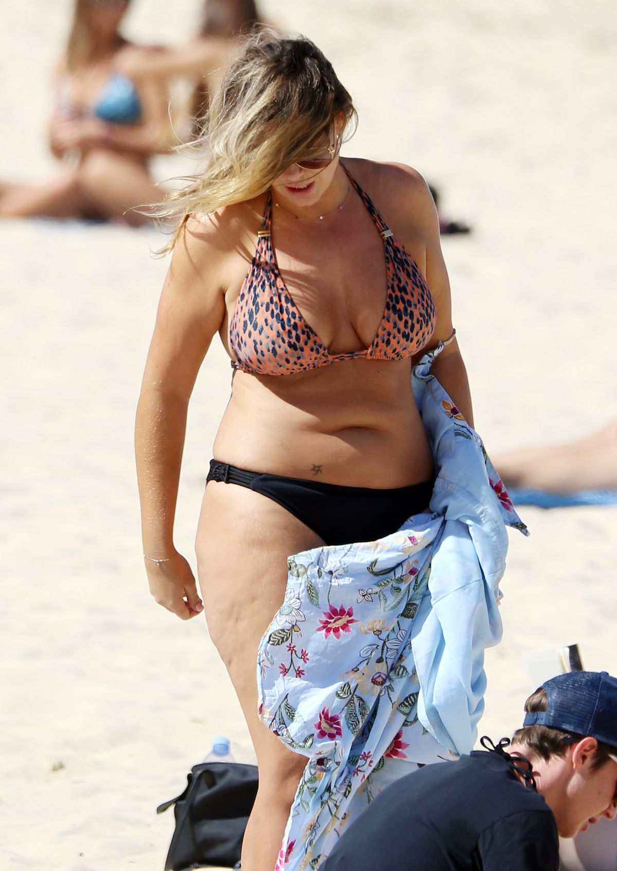 Fiona Falkiner in Bikini at Coogee Beach in Sydney Pic 12 of 35