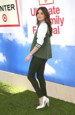 HAILEE STEINFELD at Hunter for Target Ultimate Family Festival in Pasadena 03/25/2018