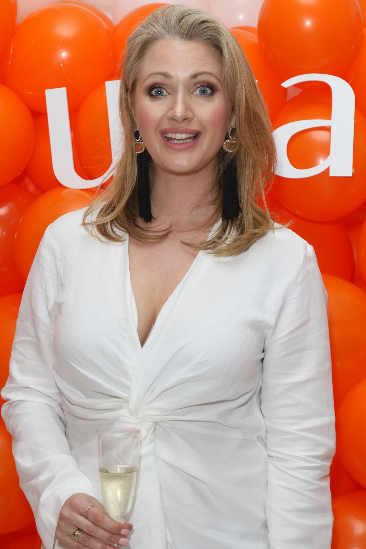 Paparazzi Hayley McQueen naked (61 foto and video), Tits, Hot, Feet, legs 2018