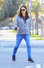 JENNIFER GARNER in Jeans Out for Lunch in Los Angeles 03/28/2018