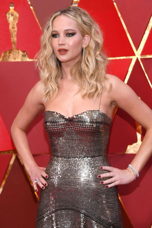 JENNIFER LAWRENCE at Oscar 2018 in Los Angeles 03/04/2018