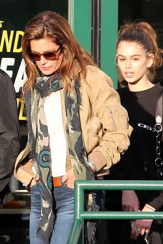 KAIA GERBER and CINDY CRAWFORD Out in Malibu 03/25/2018