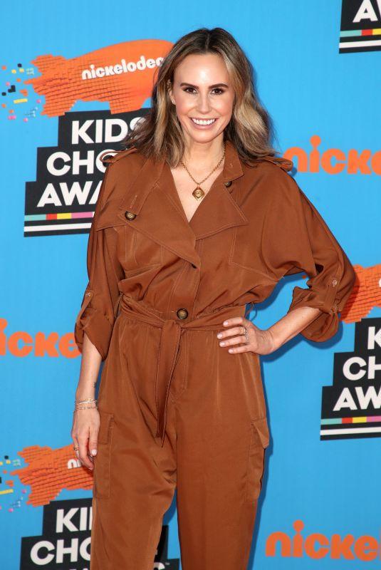 KELTIE KNIGHT at 2018 Kids' Choice Awards in Inglewood 03/24/2018