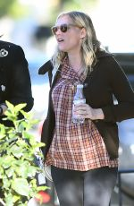 KIRSTEN DUNST and Jesse Plemons out for Coffee in Toluca Lake 03/26/2018