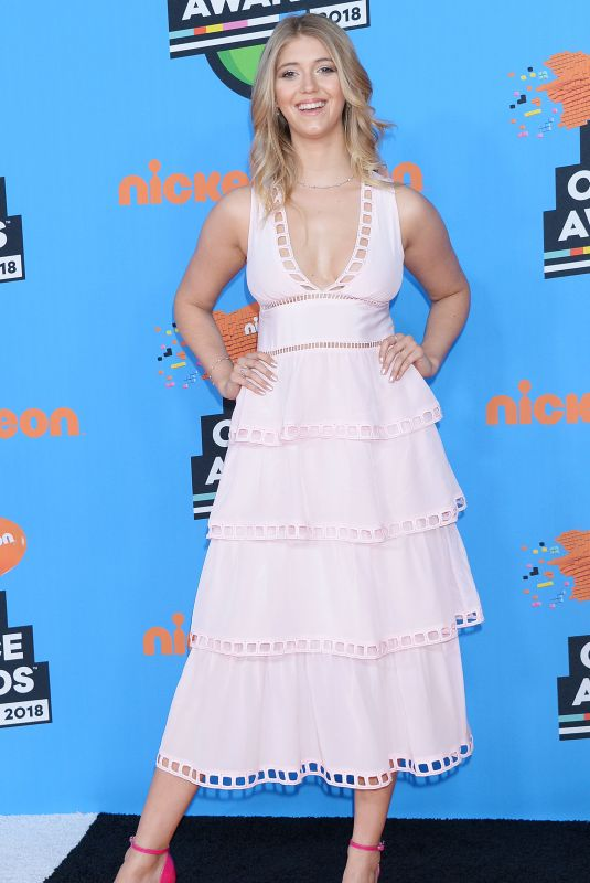 LEXI DIBENEDETTO at 2018 Kids' Choice Awards in Inglewood 03/24/2018