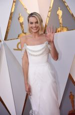 MARGOT ROBBIE at 90th Annual Academy Awards in Hollywood 03/04/2018