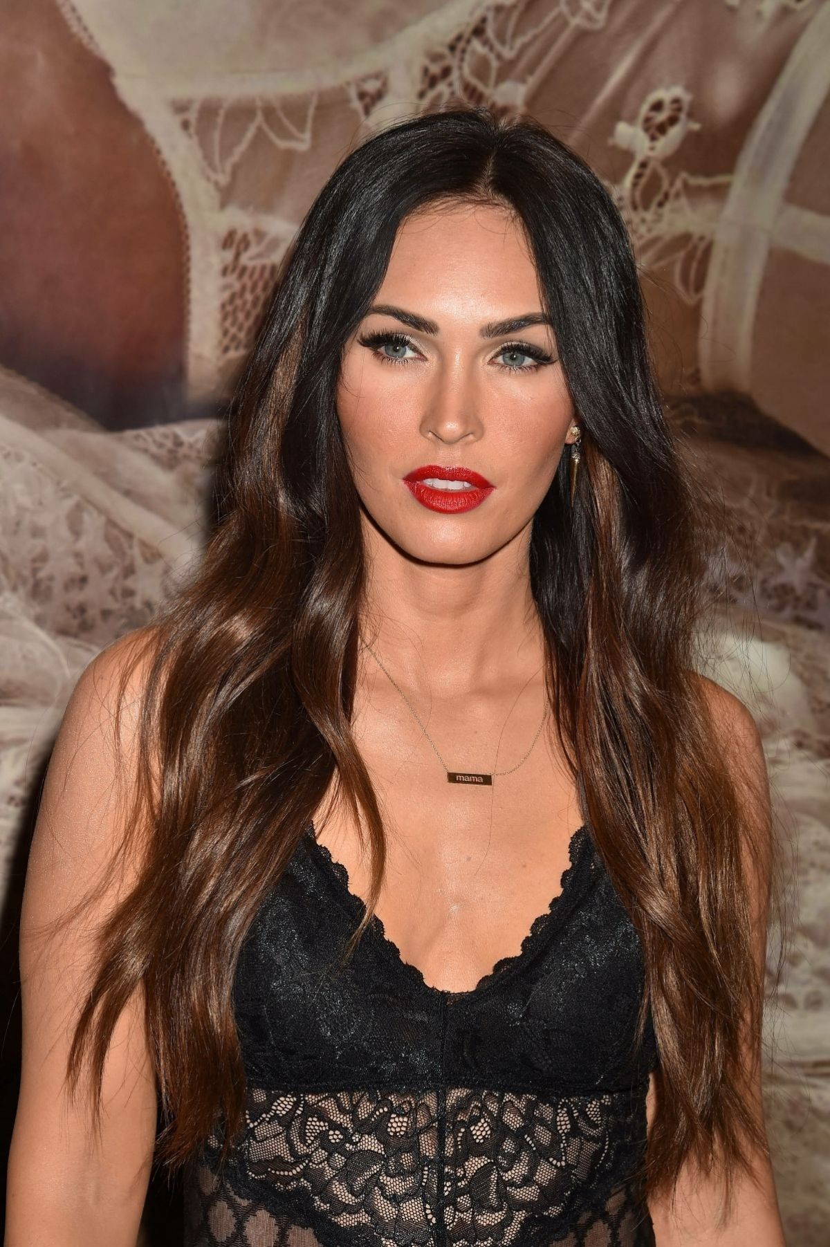 megan fox at forever 21 in glendale 03  23  2018  u2013 hawtcelebs