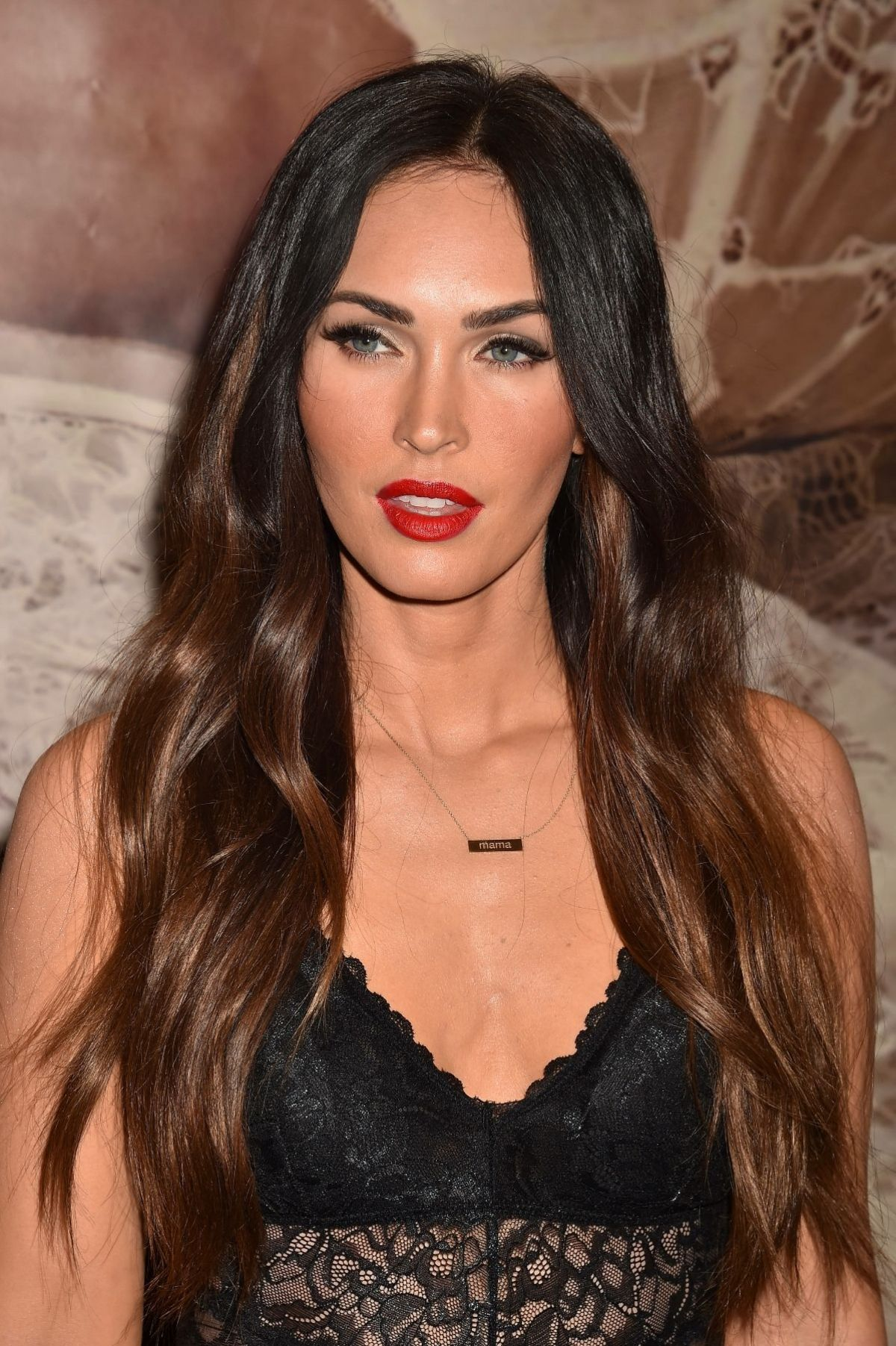 MEGAN FOX at Forever 21 in Glendale 03/23/2018 - HawtCelebs