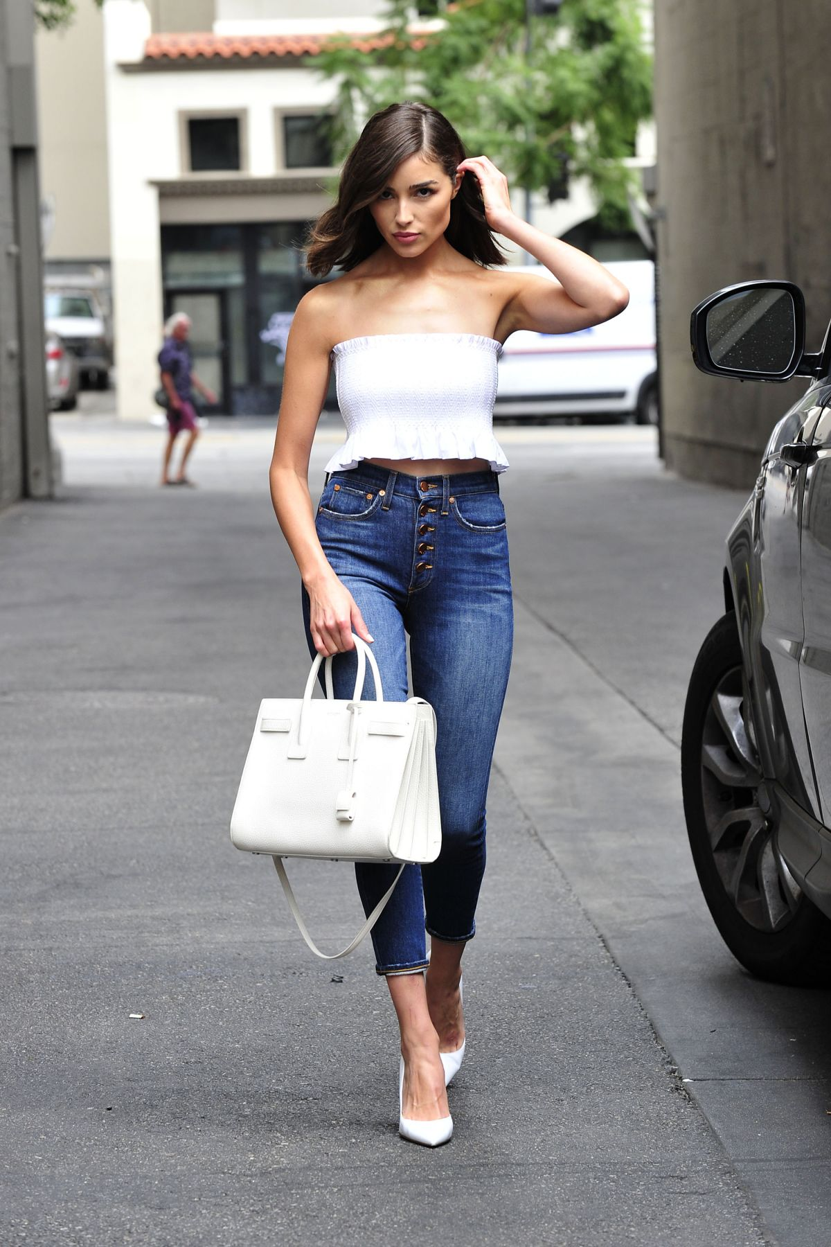 Olivia Culpo In Tube Top And Tight Jeans Out In Los -9414