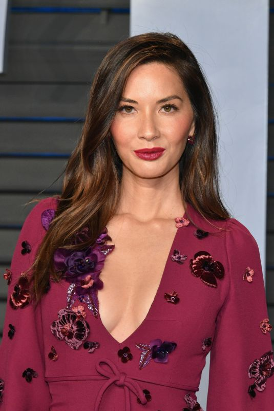 OLIVIA MUNN at 2018 Vanity Fair Oscar Party in Beverly Hills 03/04/2018