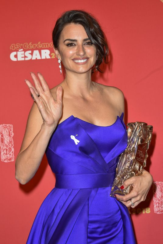 PENELOPE CRUZ at 2018 Cesar Film Awards in Paris 03/02/2018