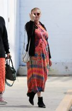 Pregnant KIRSTEN DUNST Out Shopping in Los Angeles 03/17/2018