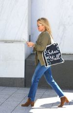REESE WITHERSPOON Heading to a Meeting in Beverly Hills 03/27/2018