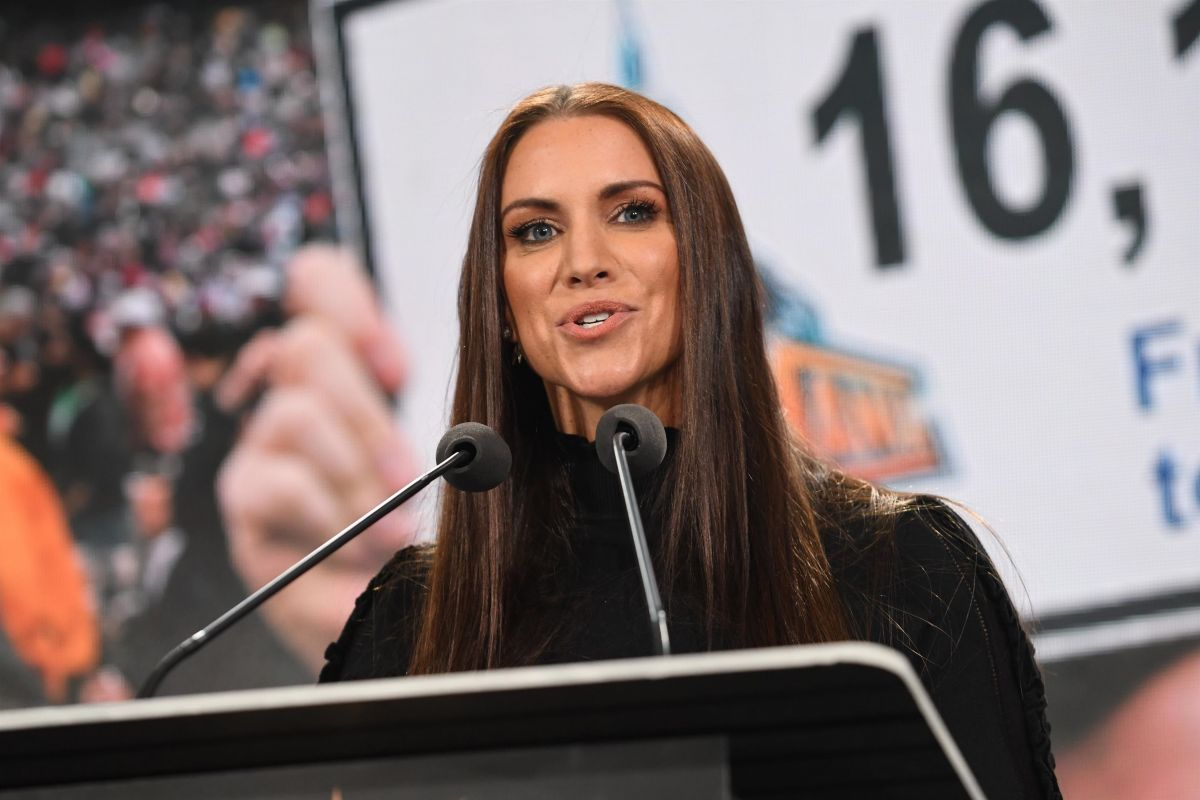 stephanie-mcmahon-at-wwe-press-conference-at-met-life-stadium-in-east-rutherford-03-16-2018-2.jpg