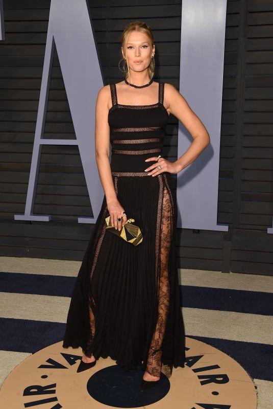 TONI GARRN at 2018 Vanity Fair Oscar Party in Beverly Hills 03/04/2018