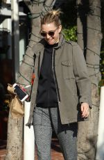 WHITNEY PORT Shopping at Fred Segal in West Hollywood 02/28/2018
