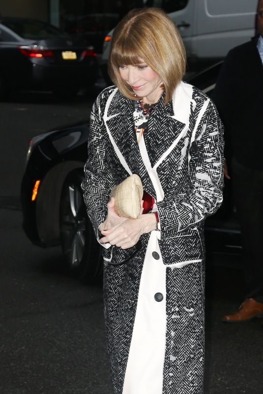 ANNA WINTOUR Out and About in New York 04/25/2018