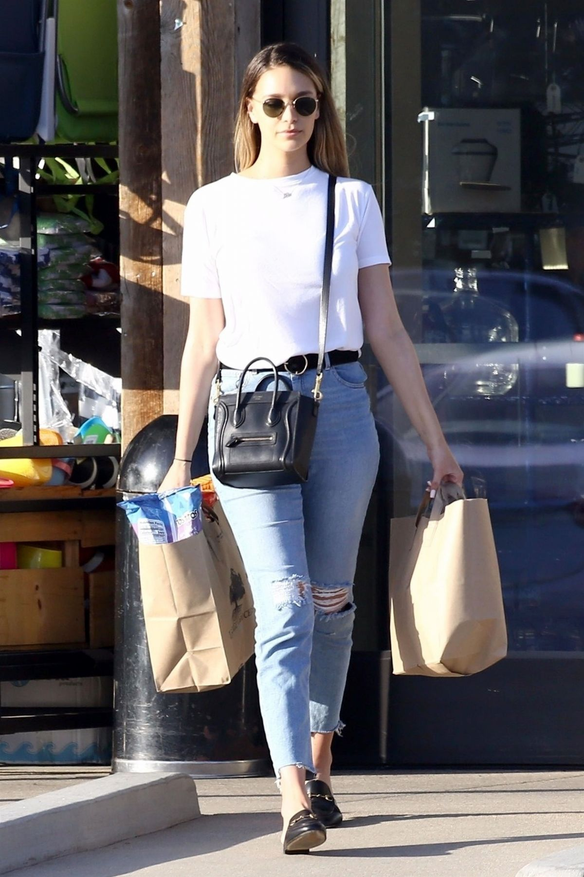 April Love Pro Makeup Academy: APRIL LOVE GEARY In Jeans Out Shopping In Malibu 04/18