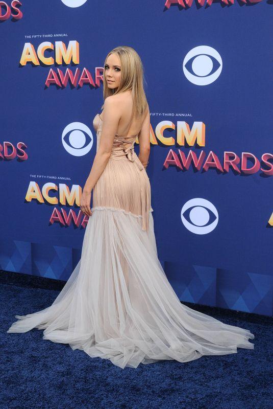 DANIELLE BRADBERY at 2018 ACM Awards in Las Vegas 04/15/2018
