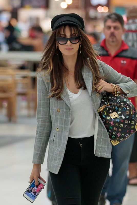 DELTA GOODREM Arrives at Airport in Adelaide 04/13/2018