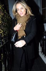 ELIZABETH HURLEY Leaves Her HOME in London 04/12/2018
