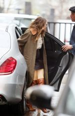 ELIZABETH OLSEN Arrives at ITV Studios in London 04/09/2018